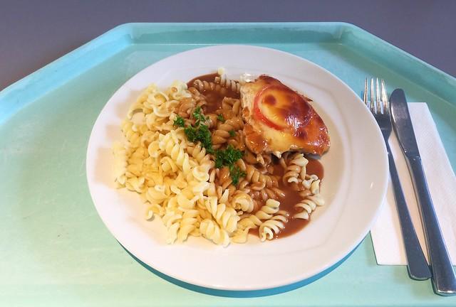 Turkey escalope Caprese on pasta with balsamico sauce / Putenschnitzel Caprese auf Pasta mit Balsamikosoße