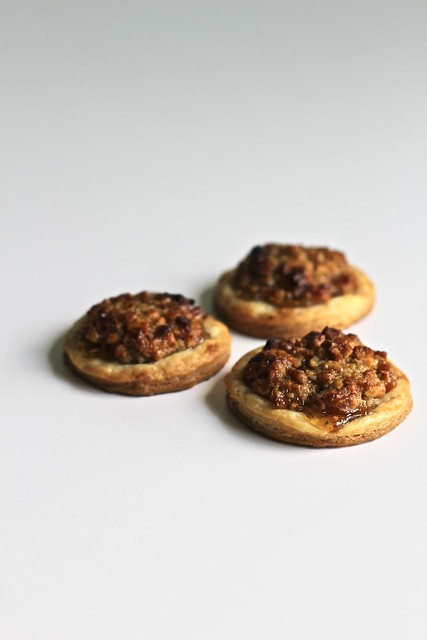 sweet or savory cream cheese-honey nut wafers