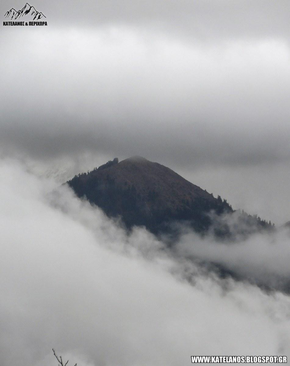 ομιχλη γερακουλα παναιτωλικου βουνοκορφη
