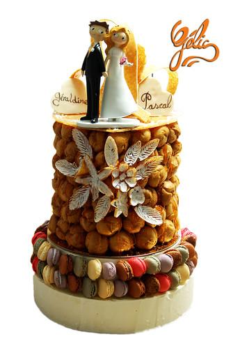 Pièce Montée sur macarons Géralidine&Pascal