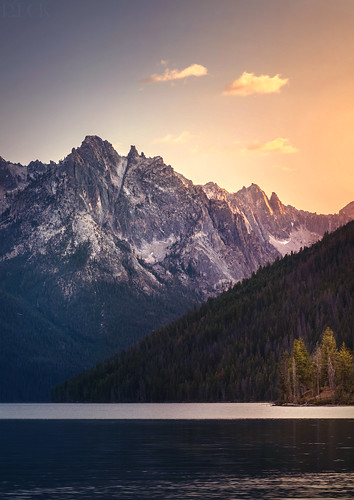 redfish lake stanley idaho sawtooth mountains range sunset color nikon beautiful serene travel russell eck nature landscape wilderness explore
