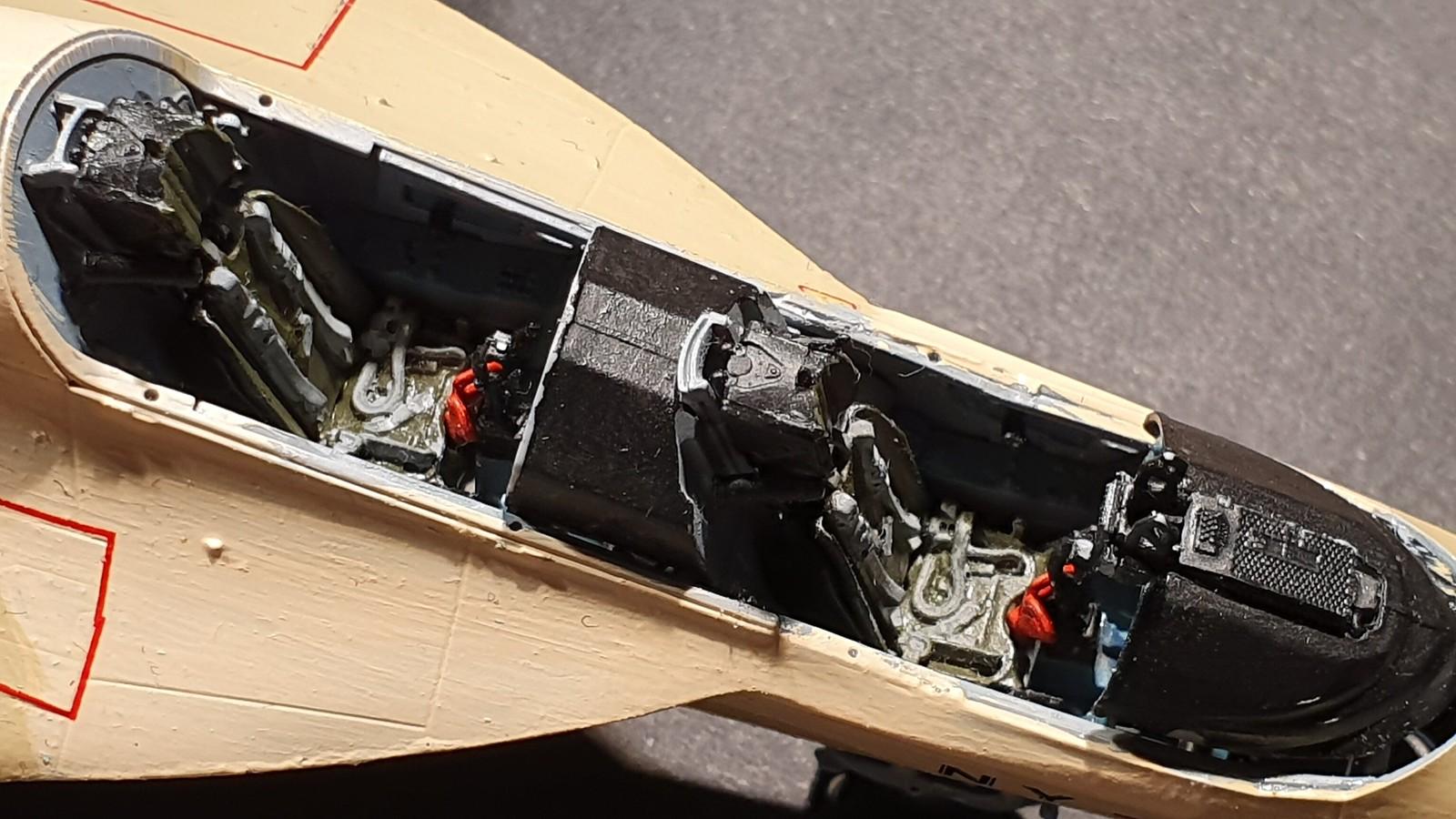 Numera två par tumvantar - Yak-130 Mitten - Zvezda 1/48 - Sida 9 48673110083_dd4db38418_h