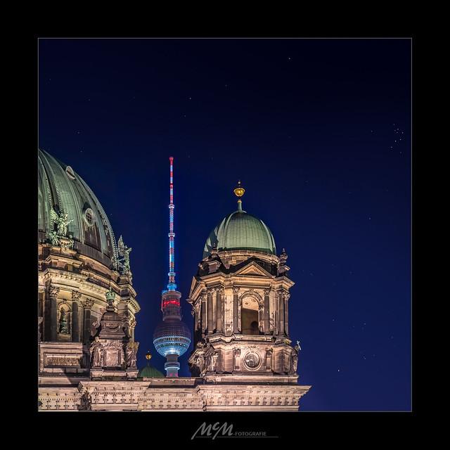 two nightmarks - zwei nächtliche Wahrzeichen Berlins