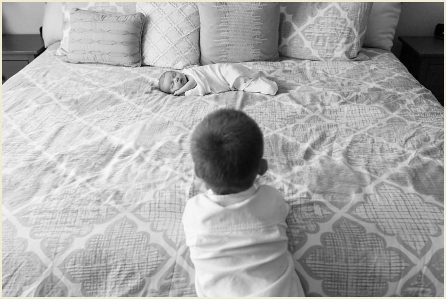 jenmadiganphotography-clevelandlifestylenewbornphotographer-orangeohionewbornphotographer-lifestylephotographer-familyphotographer-iowaphotographer-lifestylenewbornphotographer-15