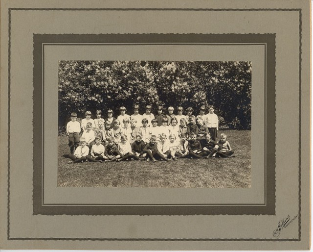 PB12 12a Children group photo by Sallows c1900s