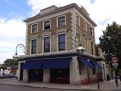 Picture of St John's Tavern, N19 5QU