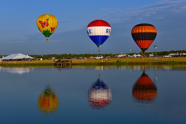 2019 Kyle Pie in the Sky hot air balloons reflections