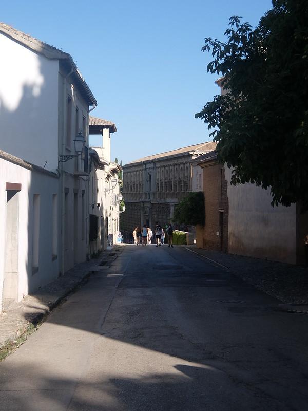 Альгамбра - По дороге к Дворцу Насридов