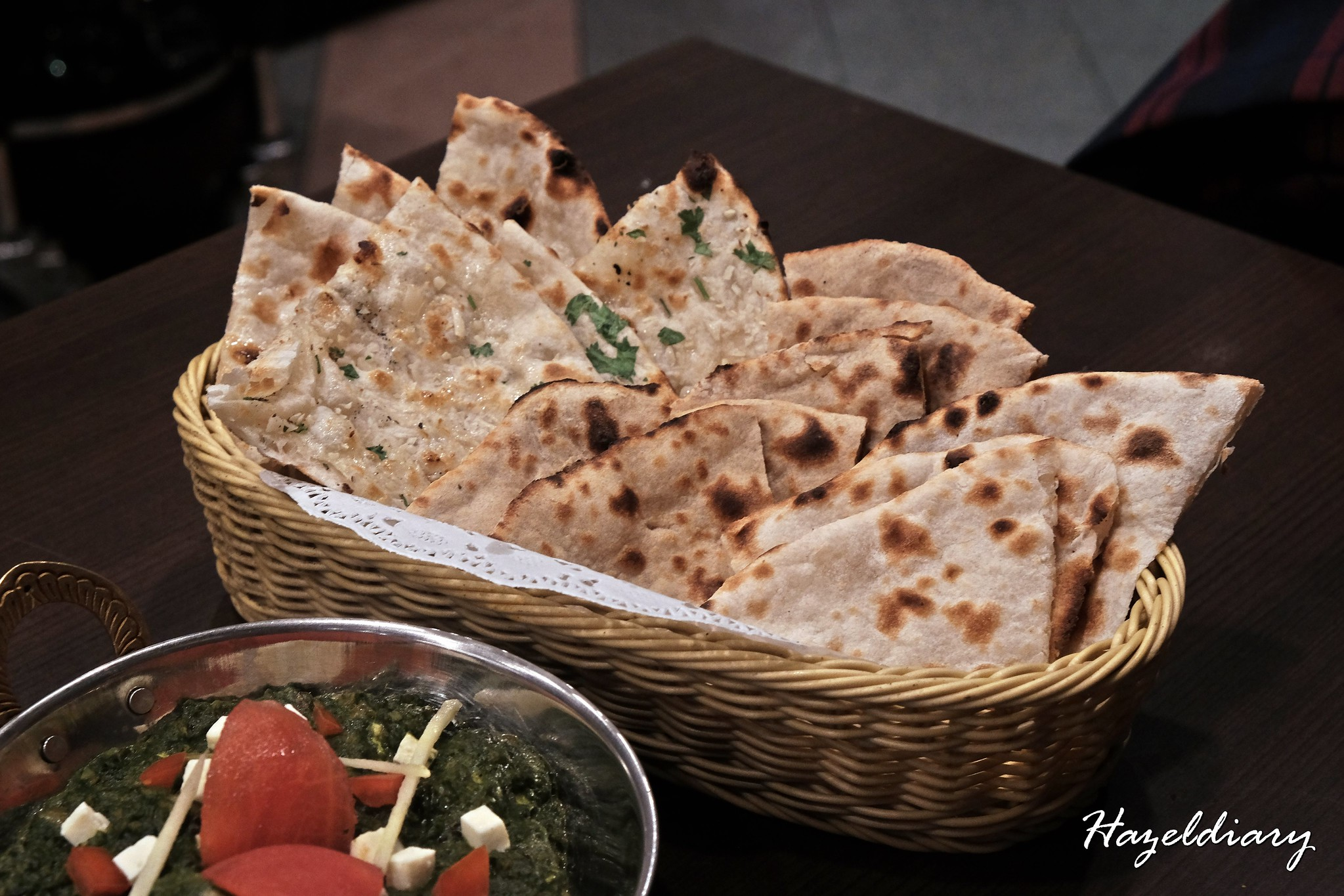 Indian Express-Assorted Naans