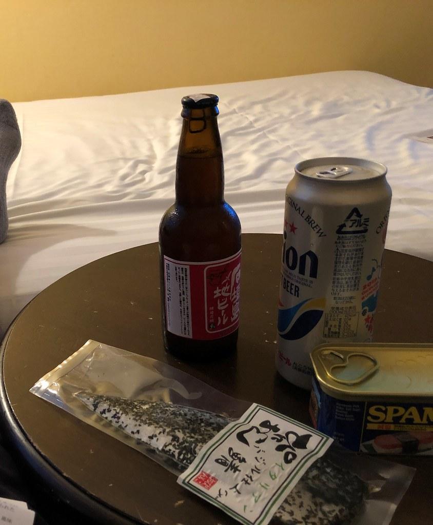 石垣島で部屋飲み