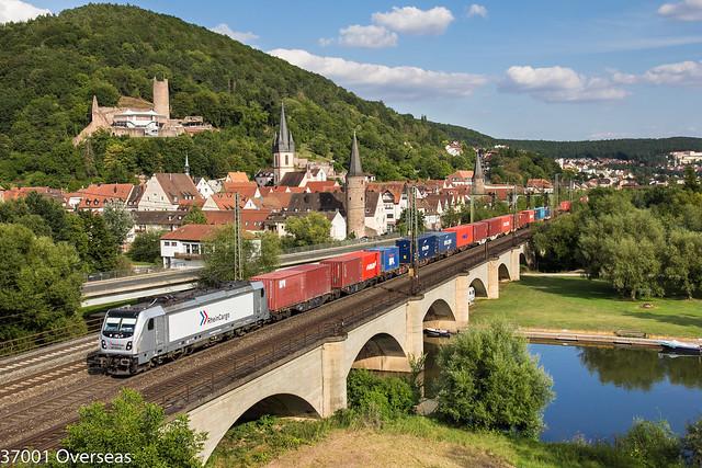 RHC 187 074 on DGS 68760 at at Gemünden am main