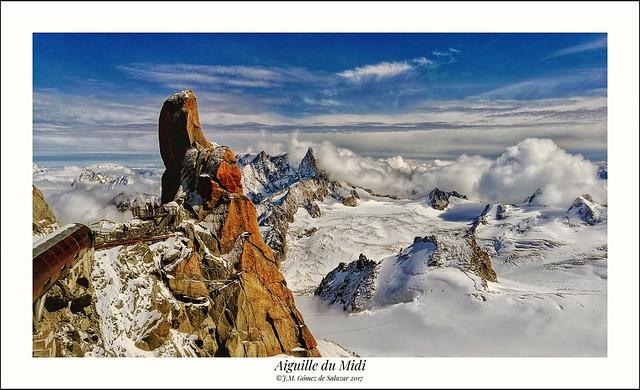 Panorámica de los Alpes desde la Aguja del Midi. Chamonix. Francia