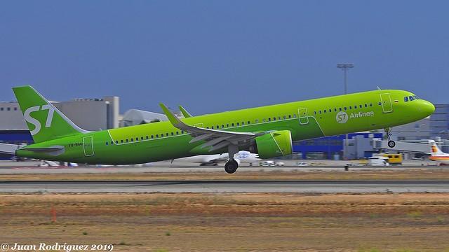 VQ-BGU - S7  Siberia Airlines - Airbus A321-271N - PMI/LEPA