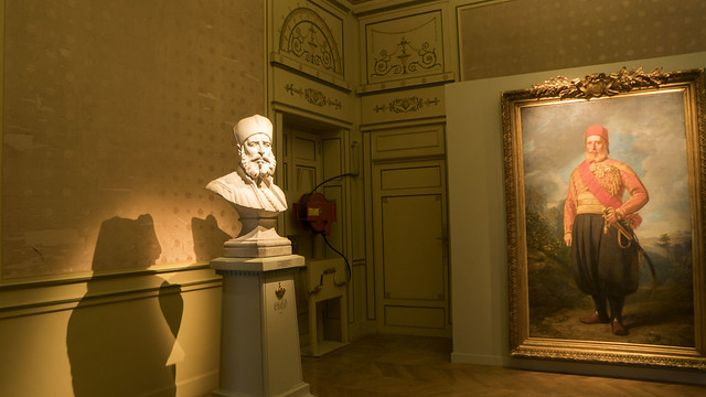 A bust and a painting of Ibrahim Pasha