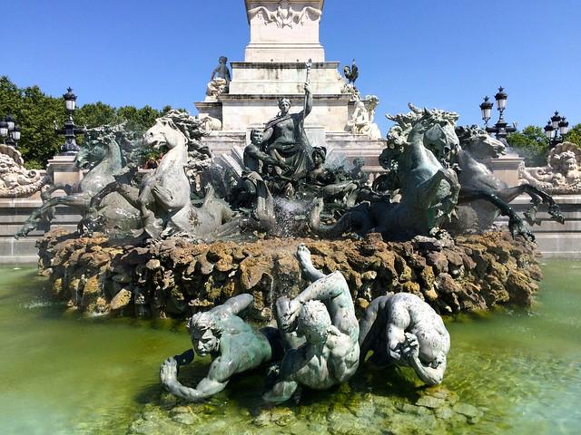 Fontaine du Monument aux Girondins