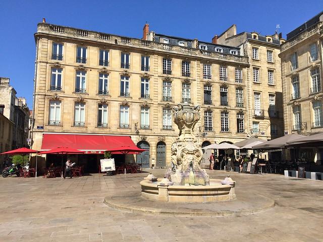 Fontaine de la Place du Parlement