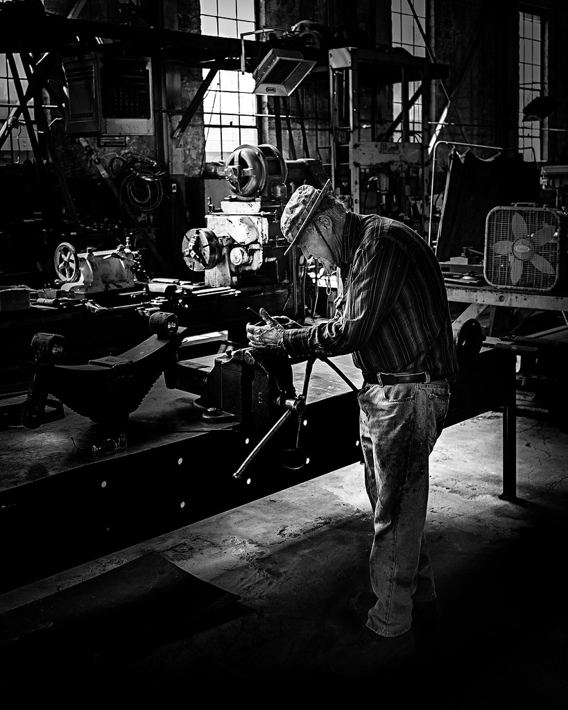 02469376422861-116-19-09-Working in the Railroad Roundhouse-2-Black and White