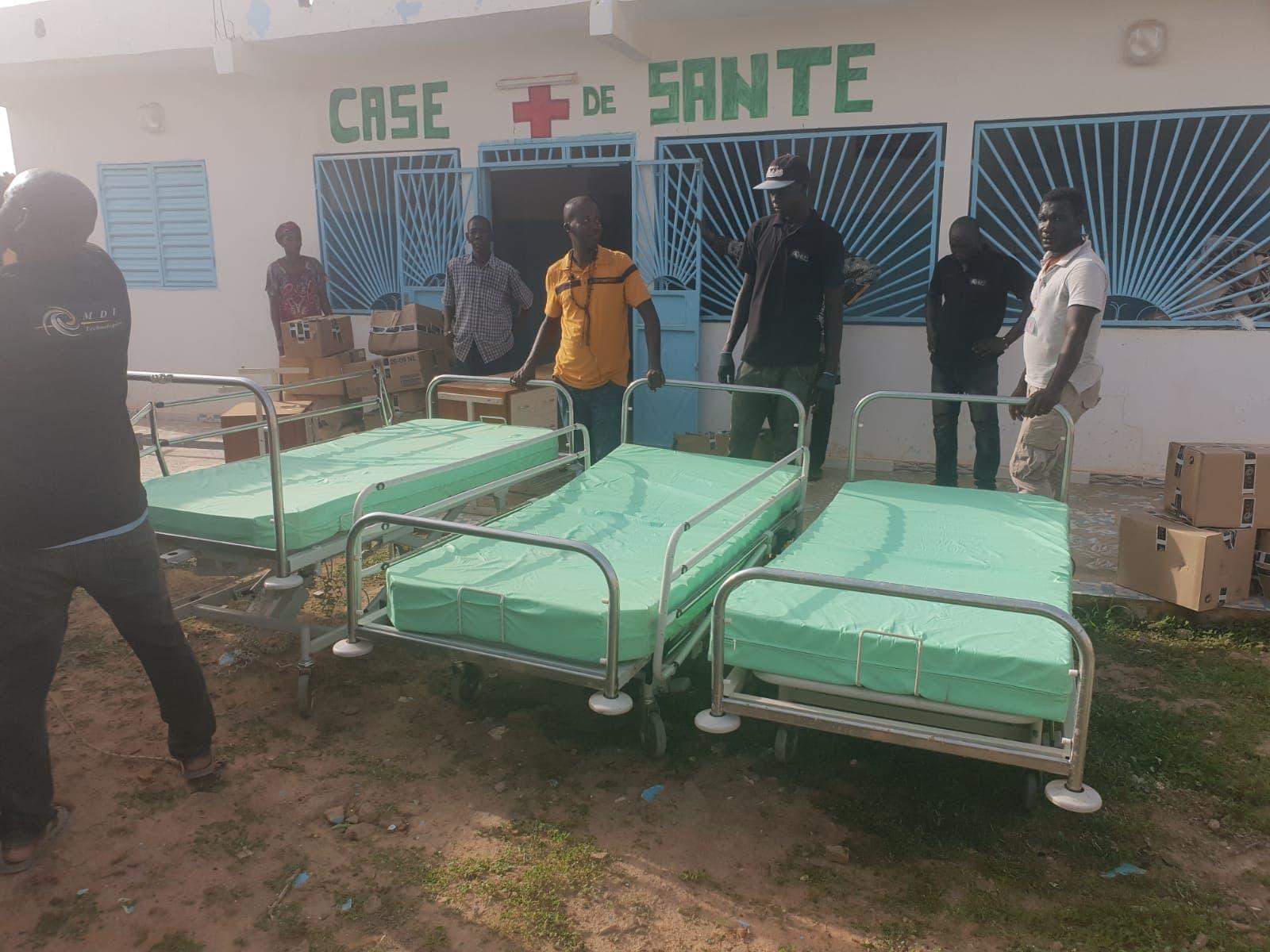 Groupe MDI Technologies mécène au Fouta, Don de Materiel Santé et Scolaire à Matam, Ogo, Thiancone, Fouta, Sénégal (7)