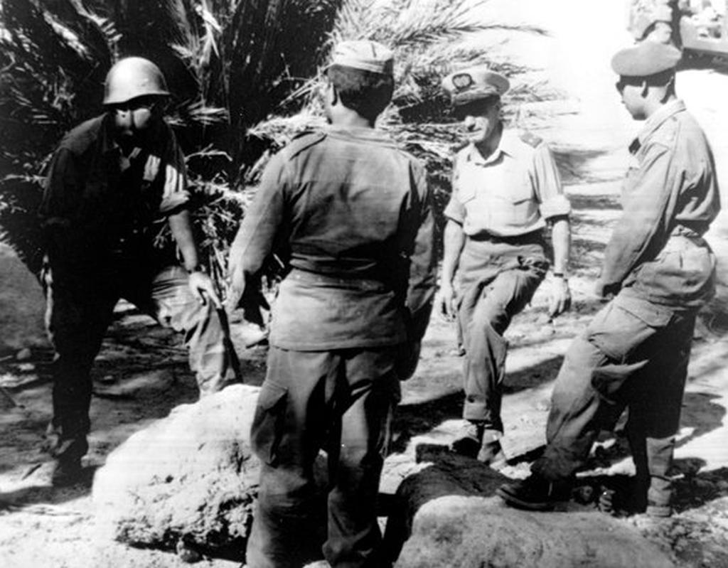 Photos - Guerre des Sables - 1963 - Page 8 48681191646_c45c701d96_o