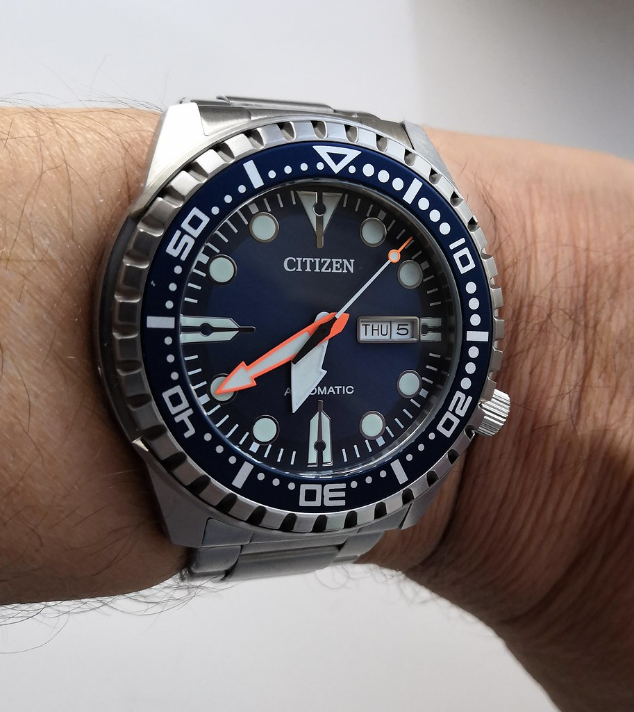 Citizen NH8381-63L Cal 8200