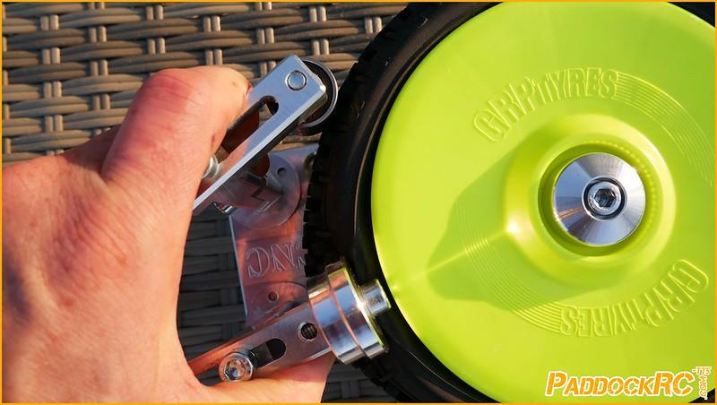 P1040555 Outil collage pneus Vortex CNC