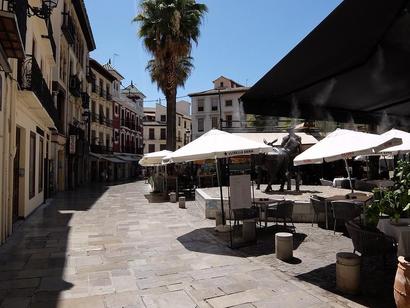 Гранада - Ресторан на улице