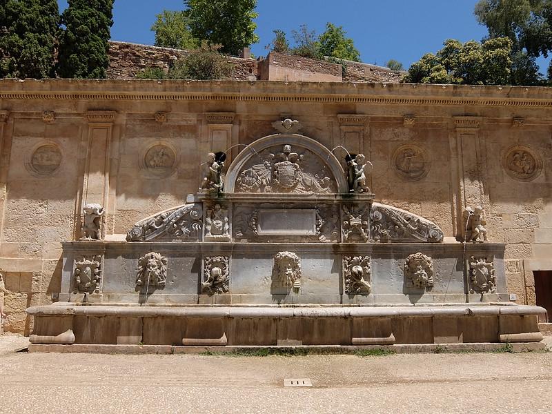 Альгамбра - Скульптурная композиция