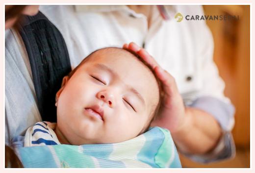 お宮参り 眠る赤ちゃん