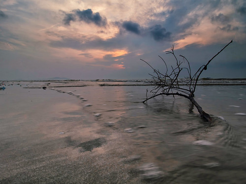 sunrise nature beach coast landscape seascape shoreline cloud sea sky travel place trip balok kuantan pahang malaysia canon eos700d canoneos700d canonlens 10mm18mm wideangle happyplanet asiafavorites