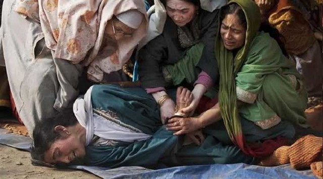 5323 Indian Soldiers raped 30 women in Kashmiri village Kunan 01