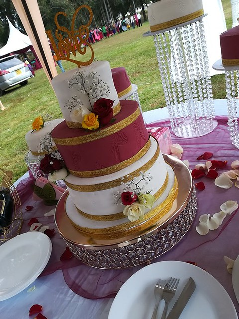 Cake by Freli Bakers