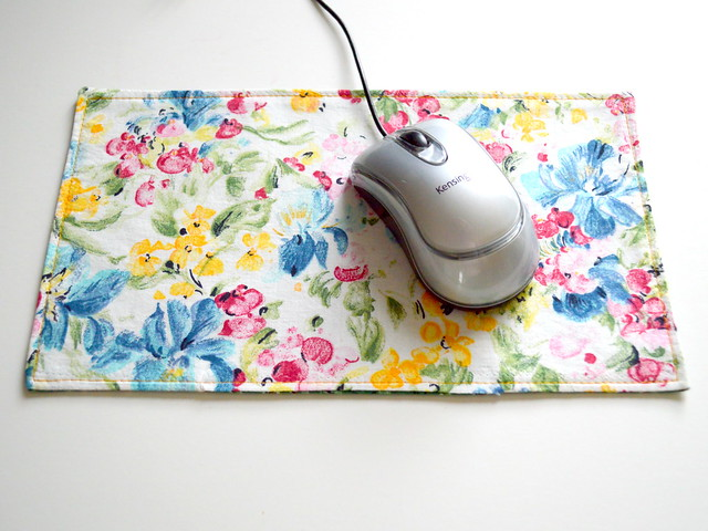 Fabric Mouse Pad Floral2