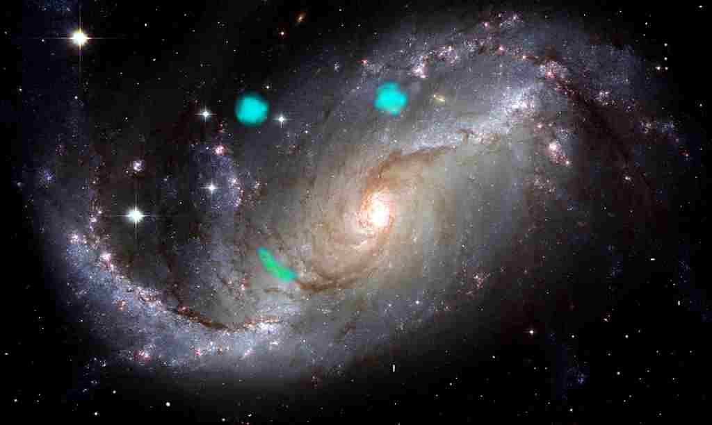 galaxie-éclats-de-lumière