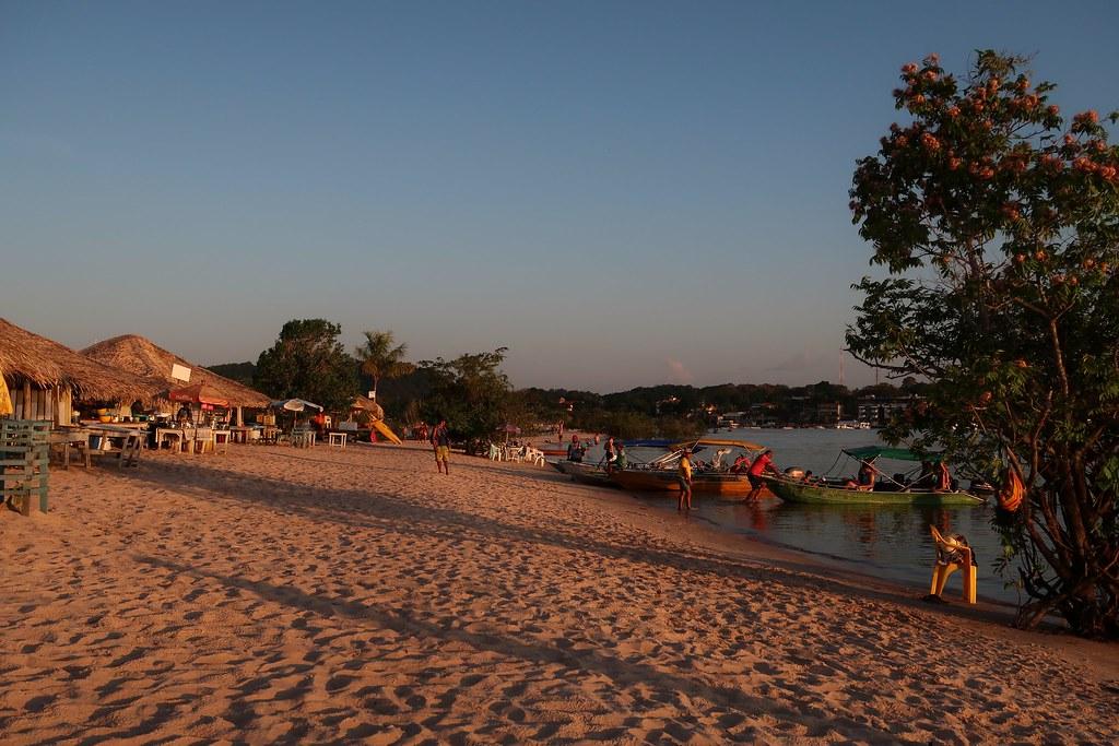 Strand in 'Alter do Chão' an einem Nebenfluss des Amazonas. [BRA]