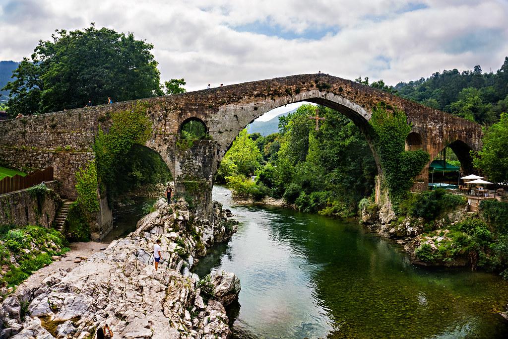 Puente romano de Cangas de Onis.