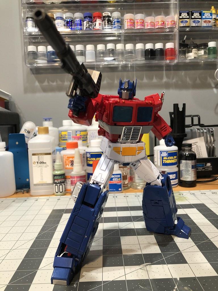 MP-44 Optimus Prime (Convoy)