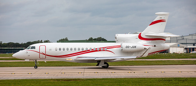 Dassault Falcon 7X Flying Services OO-JUK.