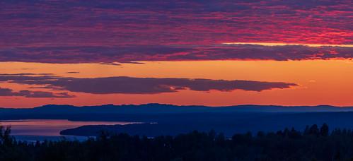 sverige landscape sunset water sweden outdoor dalarna lakesiljan moln summer plintsberg canonef100400mmf4556lisiiusm sjö layers sky nordiclight solnedgång canoneosr cloud lake dalarnaslän