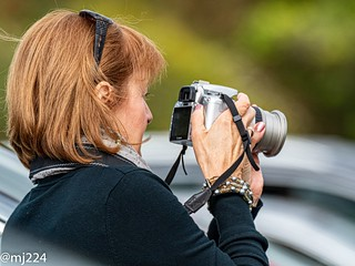 Lady photographer | by dudutrois
