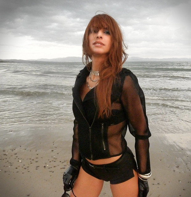 Elena Alice Fossi, looking naturally beautiful by a September sea, a few time ago