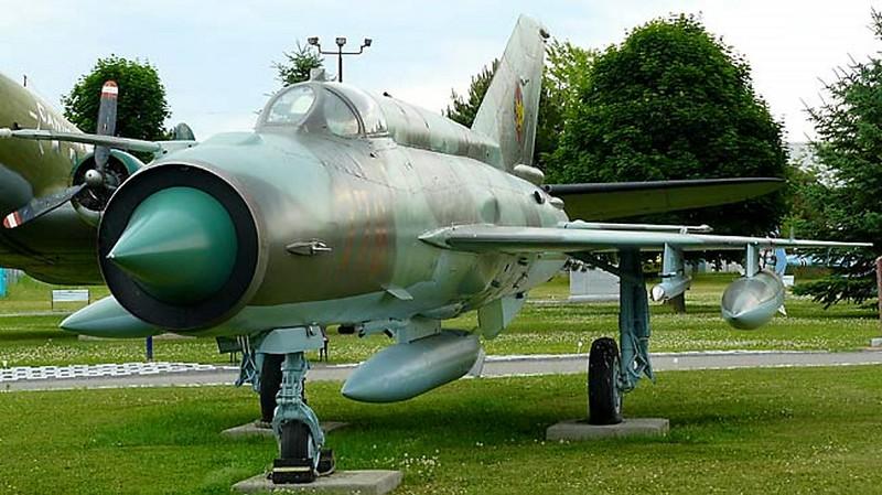 MiG-21 Fishbed 3
