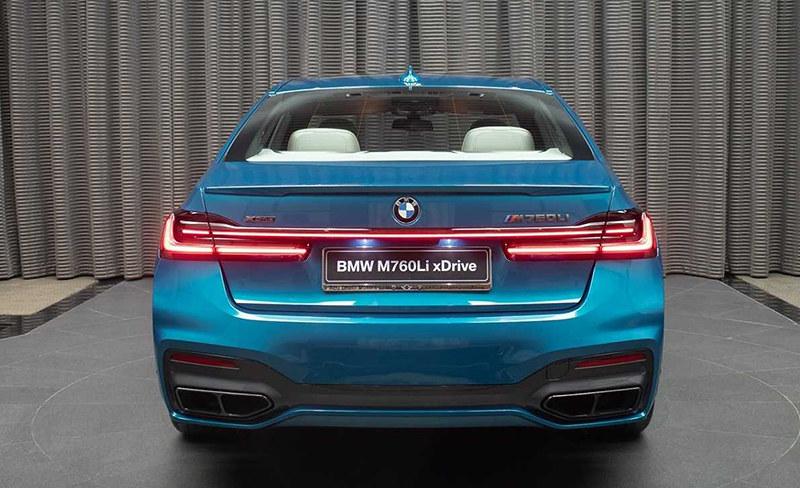 2020-bmw-m760li-xdrive-atlantis-blue (2)