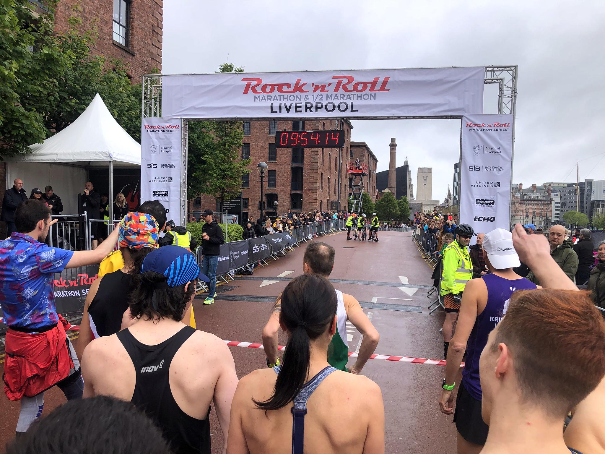 Maratón de Liverpool, Marathon maratón de liverpool - 48687235243 a255aeb21b k - Maratón de Liverpool: análisis, recorrido, entrenamiento y recomendaciones de viaje