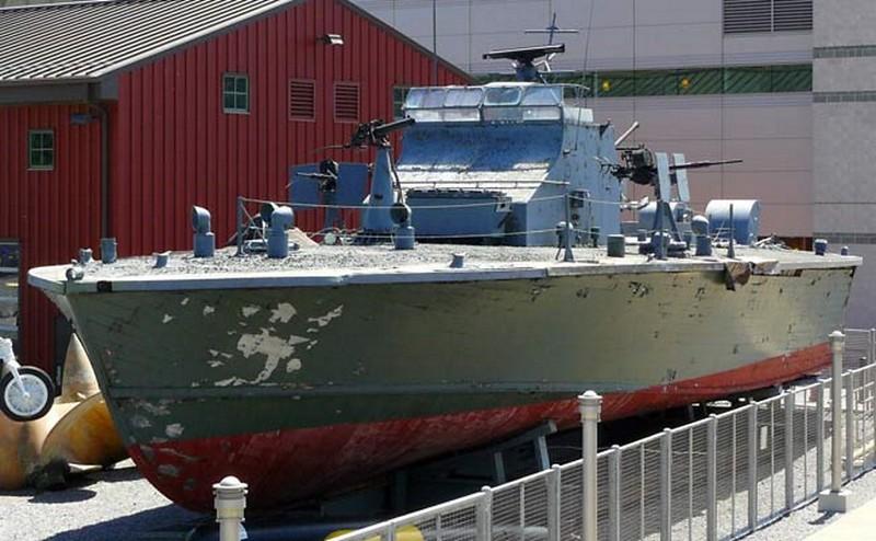 Trumpy PTF-17 Patrol Torpedo Fast Boat 2