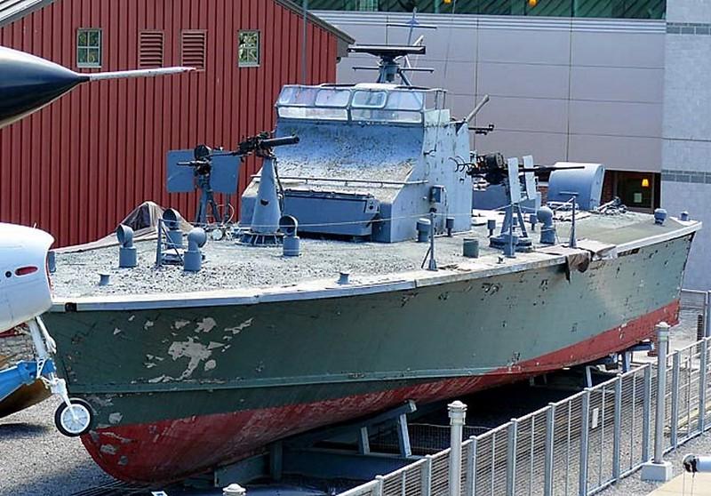 Trumpy PTF-17 Patrol Torpedo Fast Boat 1