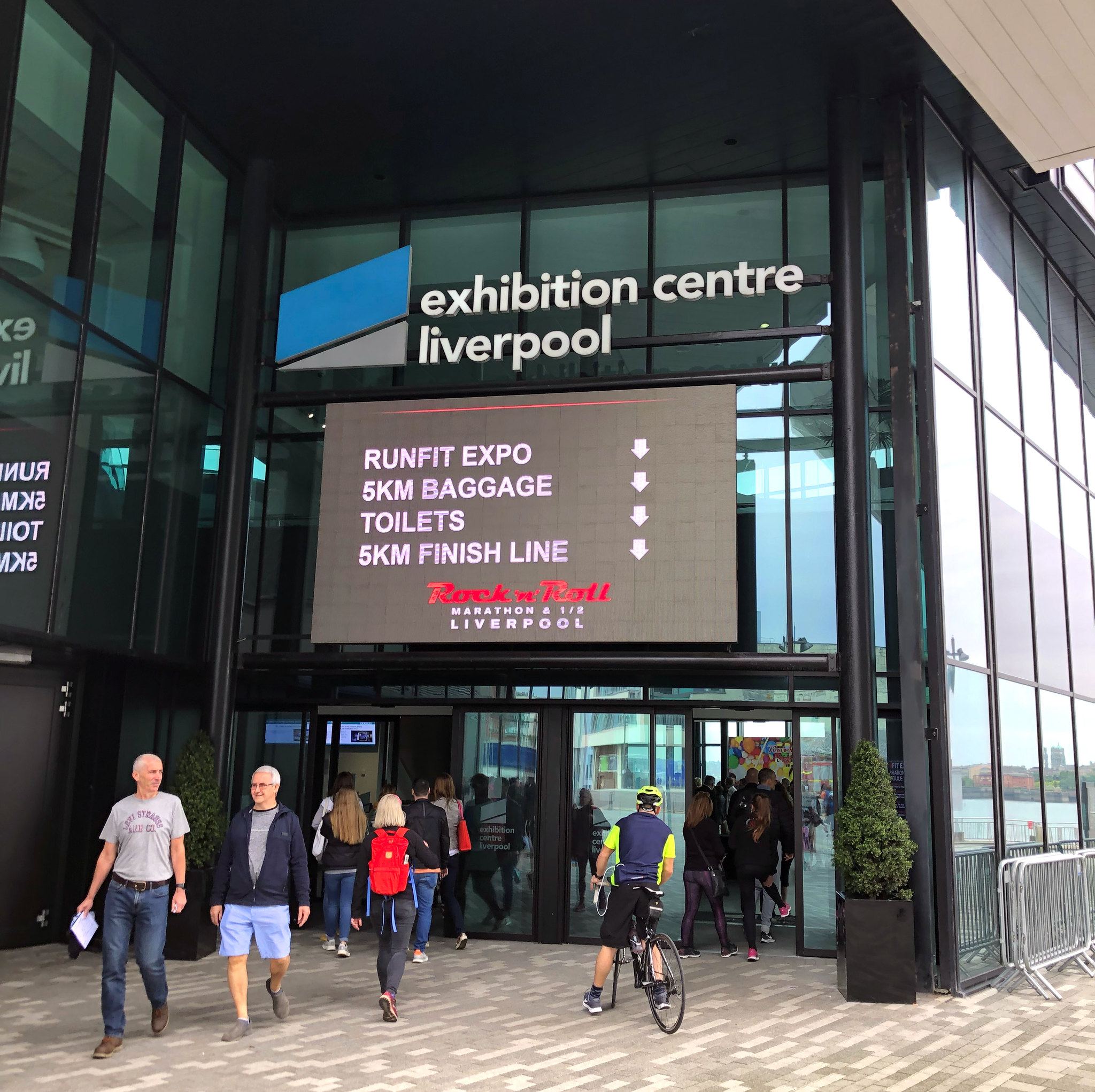 Maratón de Liverpool, Marathon maratón de liverpool - 48687594251 639d2c1940 k - Maratón de Liverpool: análisis, recorrido, entrenamiento y recomendaciones de viaje