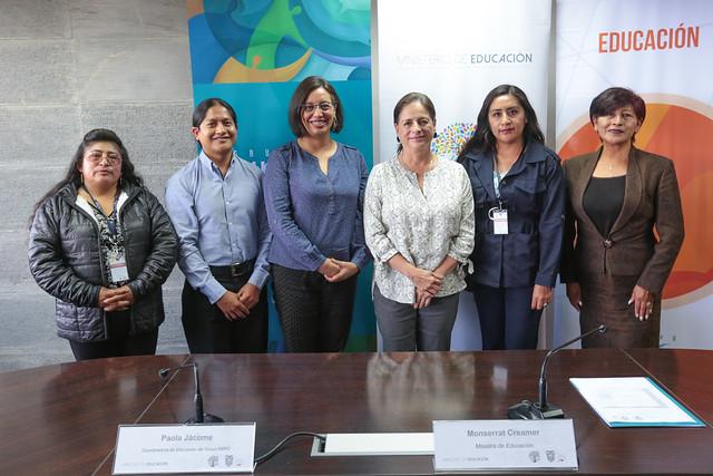 Entrega de Manifiesto Grupo FARO  y Ministerio de Educación