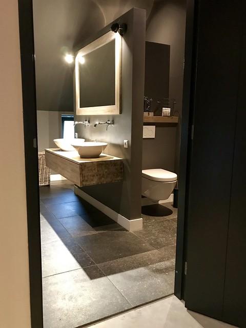 Badkamer landelijk woonboerderij