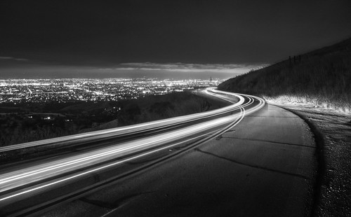 sanjose california usa siliconvalley sanfranciscobay sanfranciscobayarea southbay mthamilton road light lightstream sky landscape city citylight outdoor clear night longexposure monochrome blackandwhite sony a6000 selp1650 2xp raw photomatix hdr qualityhdr qualityhdrphotography fav200