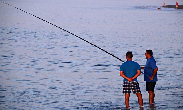 Pescar con caña requiere paciencia y maña